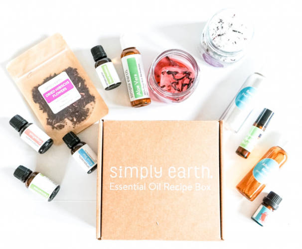 Simply Earth's June Essential Oil Box: Perfect for Summer